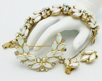Juliana Pearlized Iridescent White Bracelet Brooch Earring Set