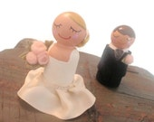 Wedding Cake Toppers Bride and Groom (Wedding Cupcake Topper) (Bride and Groom Dolls ) (Bride and Groom People) (Wood Peg People)