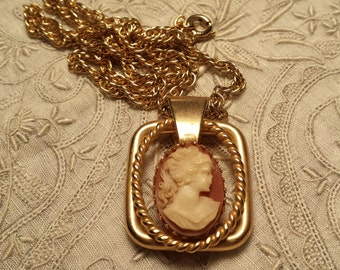 LOVELY Faux Cameo Pendant & Chain VINTAGE