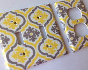 Yellow Gray Moroccan Quatrefoil Double Light Switch Cover / Yellow Home Decor / Yellow Bathroom Decor / Grey Yellow Decor / Yellow Nursery