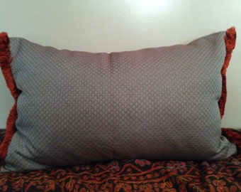 Scallop Patterned Pillow Sham with Burgundy Trim OOAK