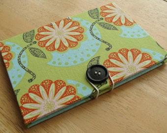 Photo Brag Book/ Small 4x6 Photo Album/  in Lime & Orange Flowers