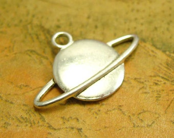 20 pcs Antique Silver Globe Charms Double Sided 22x15mm CH2120