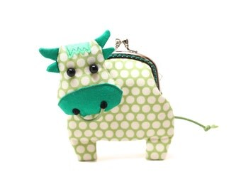 Little grassy green cow clutch purse