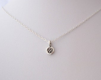97% solid sterling silver TINY YIN YANG dot charm necklace, delicate everyday necklace