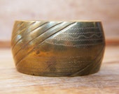 Antique Brass Bangle Hand Etched c.1930s