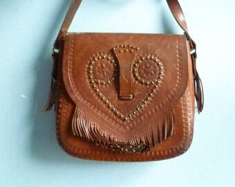 Vintage brown leather purse bag shoulder bag crossbody / handtooled / distressed / folk hippie / 70s