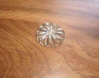 vintage pin brooch silvertone flower open work marvella