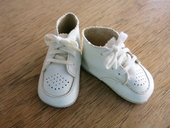 Vintage White Leather Baby Shoes High Top Laces by