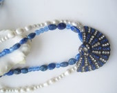 White and Blue ./. Rhinestone Pendant ./. Collier Perles ./. Vintage Pendant ./. White Pearls ./. Blue Stone Necklace ./. Lapis Azuli