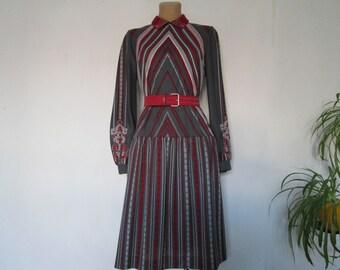 Dress Vintage / Wool Dress / Woolen Dress / Size EUR40 / UK12 / Wool / Poly