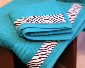 Custom Towel Set / Personalized / Choose Color / Christmas Gift / Wedding Gift