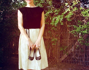 1960s Cocktail Dress Black Velvet Cream Satin RK Originals Prom Formal Womens Vintage Medium