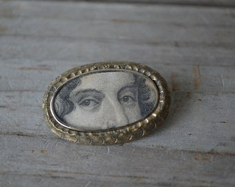 Antique Lover's Eye Brooch