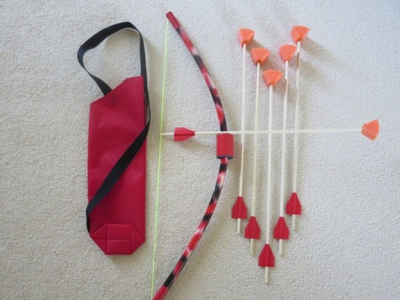 Kids bow and 6 arrows small mini archery set with quiver fun for Kids pvc bow