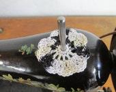 Spool Pin Doily (Variegated - Black/White/Beige)