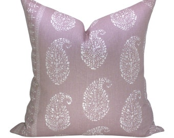 Kashmir Paisley pillow cover in White/Lilac