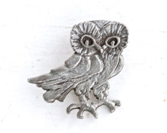 Owl Lapel Pin - Pewter Bird - Wildlife Brooch