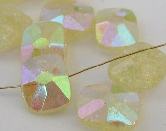 Vintage Jonquil Crystals E248