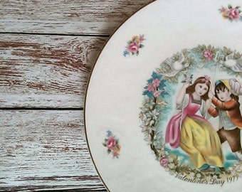 Royal Doulton Plate Victorian Valentine's Day 1979 Shabby Chic Collectible