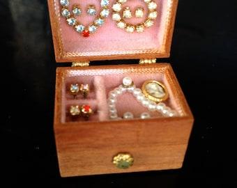 Stunning Vintage Miniature Jewelry Box Dollhouse furniture