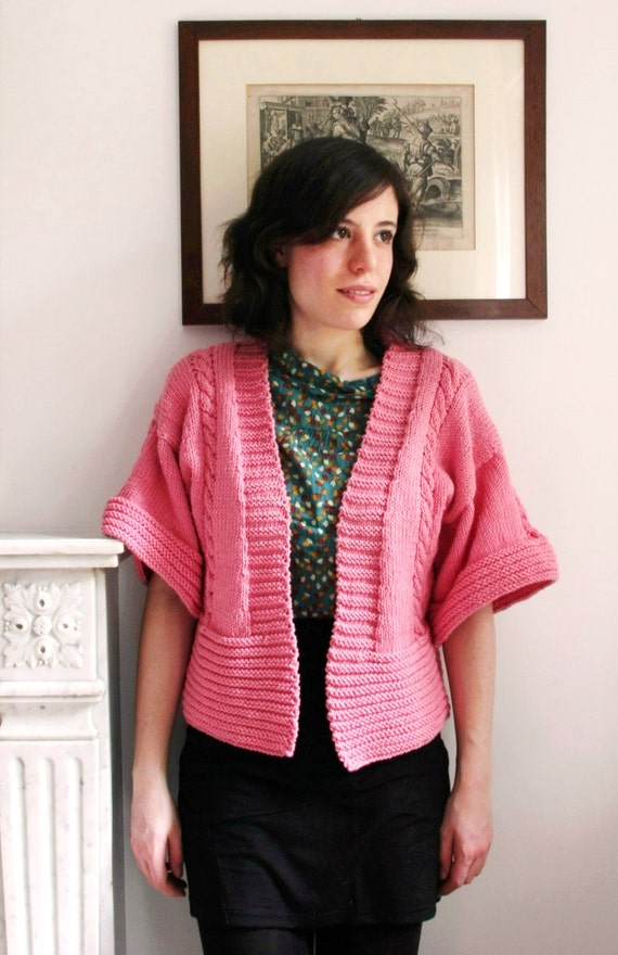 Pink cardigan with cables - Bell sleeves - Handknit - Size S/M