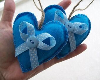 FELT & RIBBONS Sweet Hearts valentine ornaments