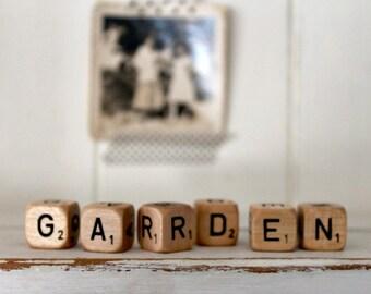 Vintage Letter Cubes GARDEN
