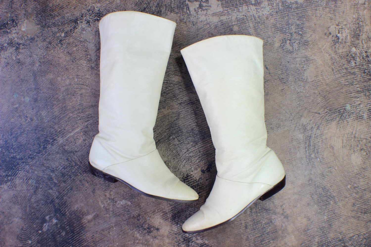 6 1 2 to 7 ivory leather boots vintage knee high flat boots