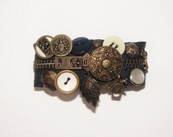 Navy Cream and Brass Zipper Bracelet