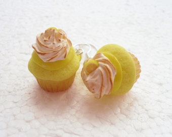Lemon Meringue Pie Cupcake Earrings. Polymer Clay.