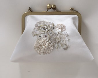 Silk white bridal purse, beaded wedding clutch , gold frame purse , handmade purse