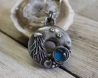 TUTORIAL Bisque and Silver Underwater Pendant (metal clay and glass)