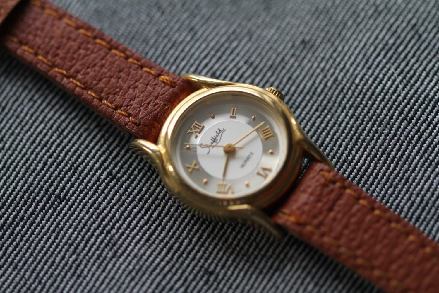 Vintage sheffield small gold tone ladies watch by herbyscloset for Small size womans watch