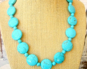 Blue Turquoise Necklace.  Blue Turquoise Howlite Statement Necklace. Turquoise Jewelry. Bridesmaid Jewelry. Turquoise Chunky Necklace