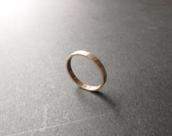 Hammered Brass Ring - Simple Brass Band - One Size