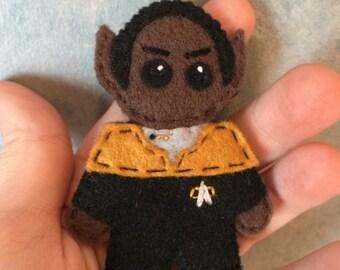 Star Trek Voyager Tuvok Uniform Pin