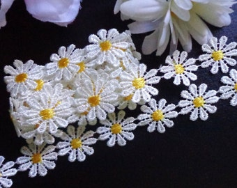 1 inch wide white/yellow daisy embroidery lace trim selling by the yard