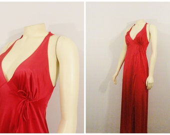 Vintage Nightgown Vanity Fair Red Nylon Satin Wrap Negligee Size 32 Modern XS Extra Small S Small - M Medium