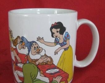 Vintage Snow White Anniversary Mug