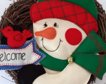 Christmas Wreath - Handmade Embroidery and Applique - Holiday Welcome Wreath