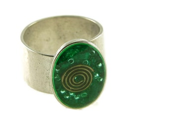 Orgone Energy Ring with Malachite - Small Oval Cocktail Ring - Adjustable Ring - Orgone Energy Jewelry - Artisan Jewelry