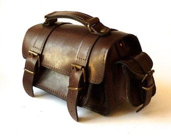 Small leather camera bag / Women/Men black leather bag / Crossbody / Shoulder bag