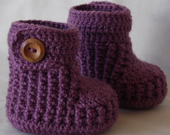 Crochet baby booties, handmade boots for girl, knit baby booty, newborn booties CHOOSE COLOUR and SIZE