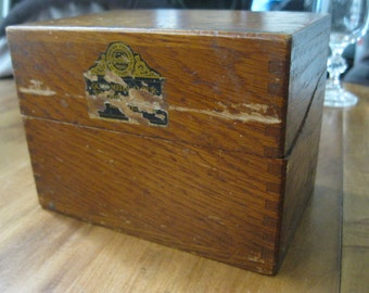 Antique Gold Medal Flour Wood Recipe Box with Original Cards Some Recipes Betty Crocker Washburn's