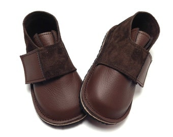 Brown leather and suede handmade leather shoes for children and toddlers.  Boys shoes.  Boys boots.  Children's boots