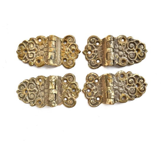shabby chic hinges, chippy ORNATE hinges, vintage cupboard hinges, set of FOUR, architectural salvage, from Elizabeth Rosen