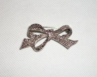 Marcasite Ribbon Bow Brooch/Pin Small