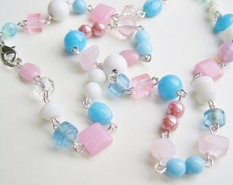 a pastel coloured beaded necklace...