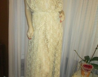 1970's Ladies Ivory LACE Jacket/ DRESS With Ivory Silk Underdress   No Label